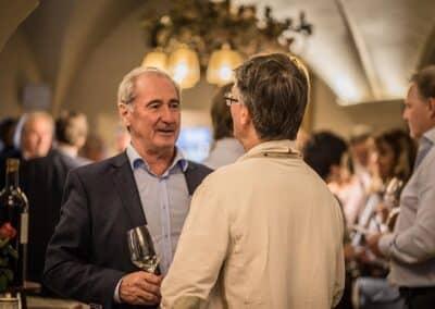 Gute Gespräche bei der Lageweinverkostung